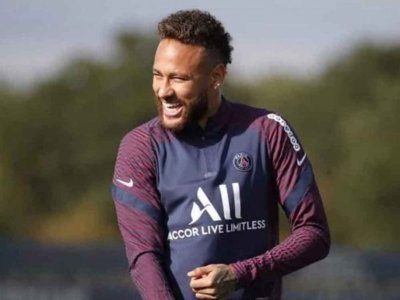Neymar diz viver 'momento mais especial' no Paris Saint-Germain